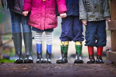 Jak ubierać dzieci, aby być w zgodzie z naturą